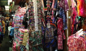 The claustrophobic batik market